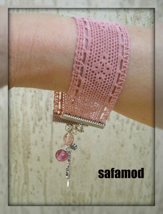bracelet-bracelet-en-dentelle-perle-en-verre-711870-711870-collecti-big-cd4ee_570x0