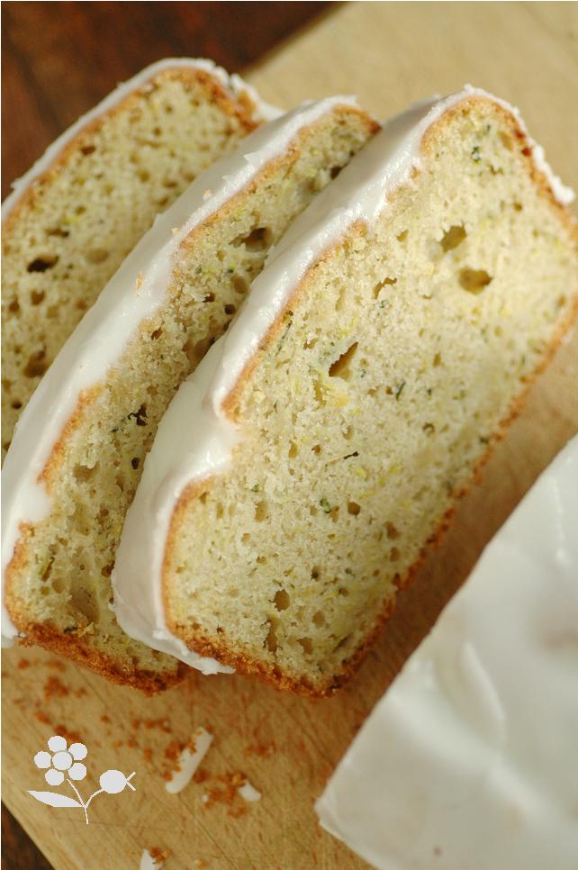 cake citron-courgette super moelleux & son delicieux glacage au