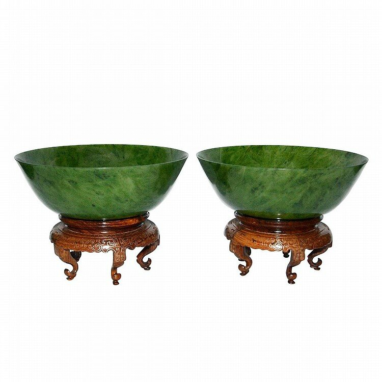 A Pair of Large Spinach Green Jade Bowls, Qing Dynasty, Yongzheng Six Character Mark and of the Period2