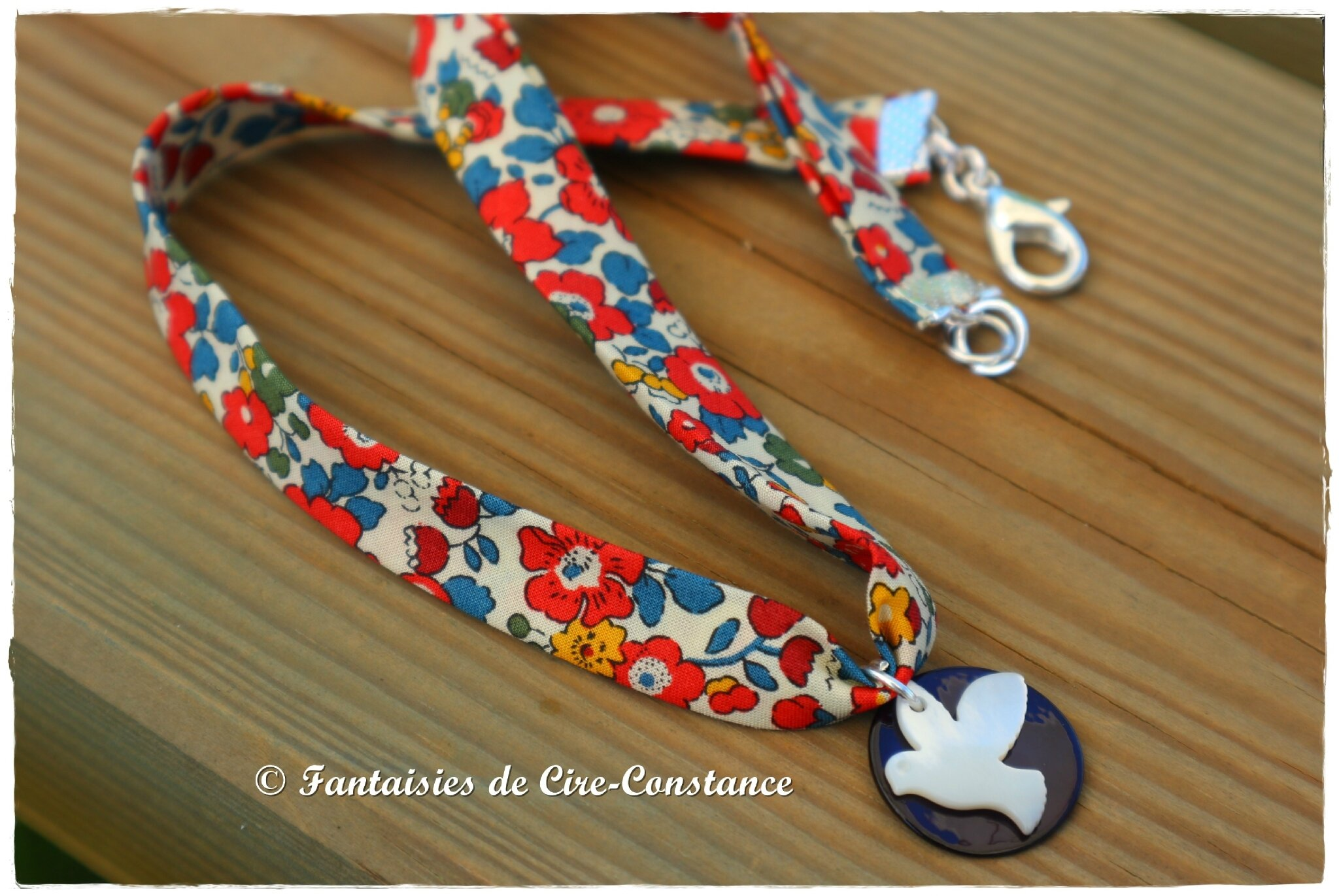 Collier colombe en nacre