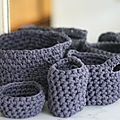 Les petits paniers en crochet