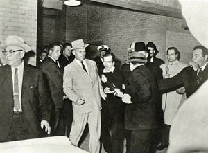 Jack_Ruby_Murders_Lee_Harvey_Oswald