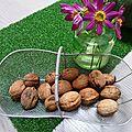 premières noix - www.passionpotager.canalblog.com