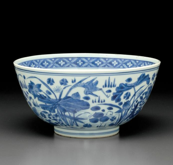 A blue and white 'Lotus pond' bowl, Kangxi period (1662-1722)