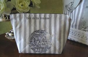 Sac_et_trousse_toile_de_Jouy_grise_6