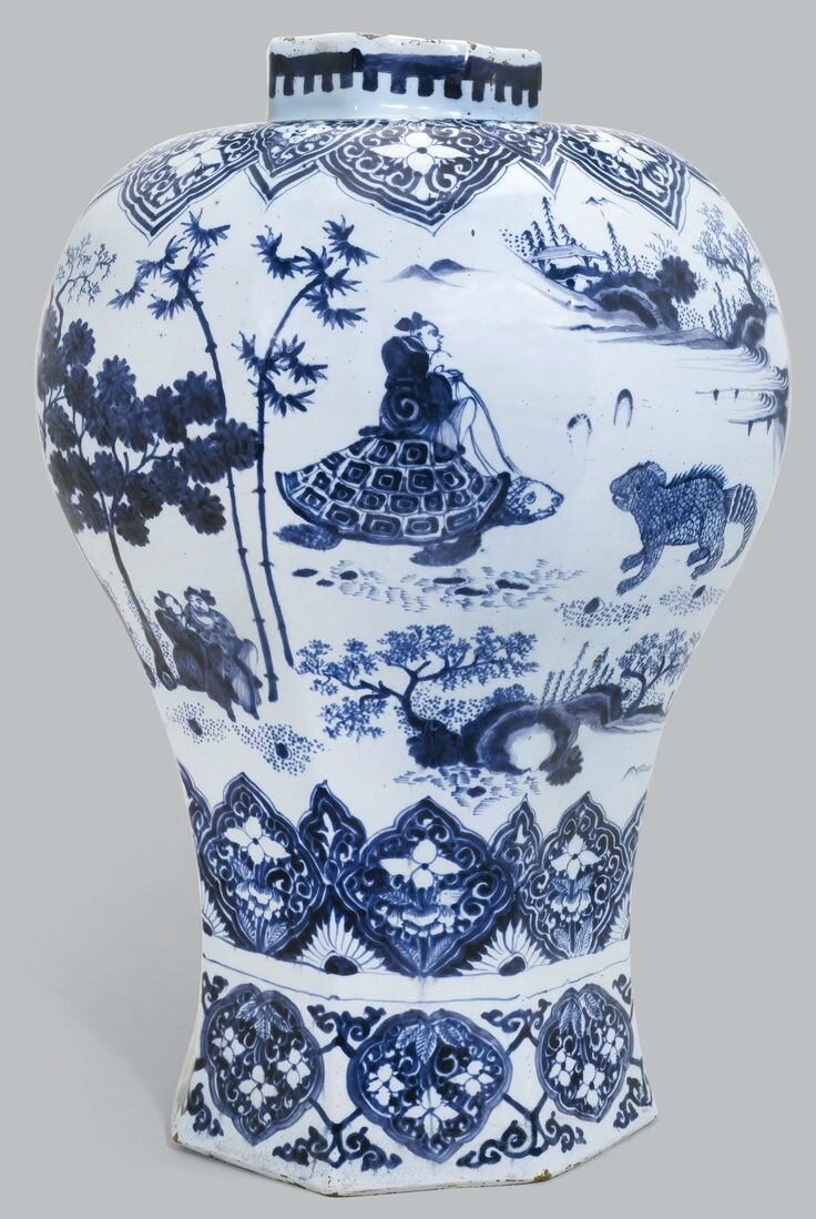 A large Dutch Delft blue and white vase, late seventeenth century