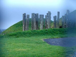 Newgrange_Knowth__f_