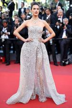 ss03-Alessandra-Ambrosio-cannes-red-carpet-best-dressed-2016-day-10