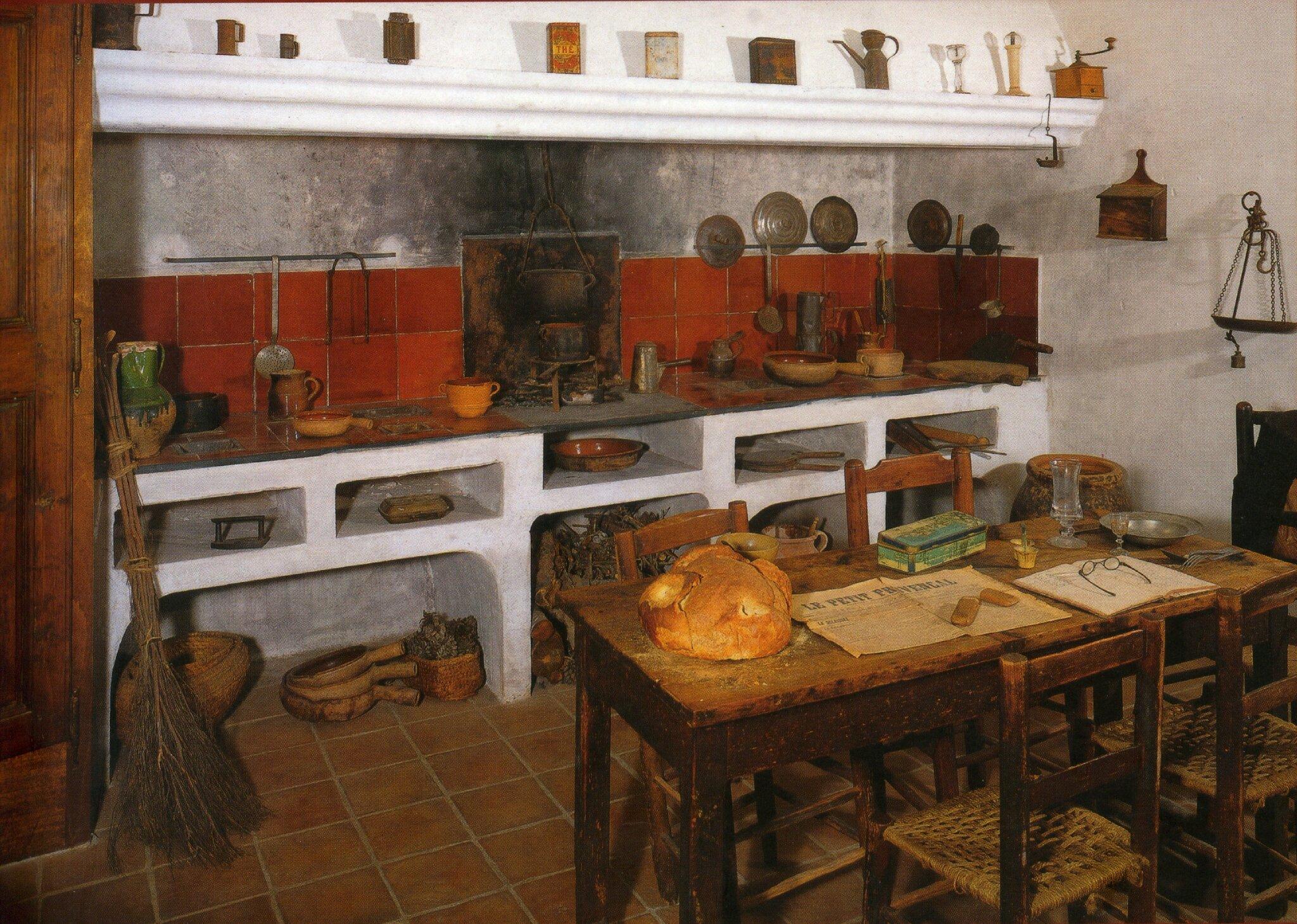 Objets et ustensiles de la cuisine passion provence for Ustensils cuisine