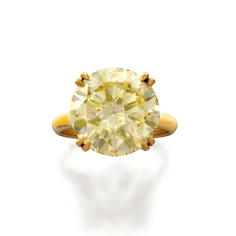 14ct gold and fancy yellow diamond ring
