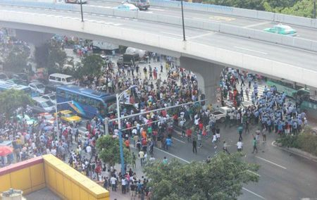 guangzhou-china-africans-protest-police-custody-death-02-600x378