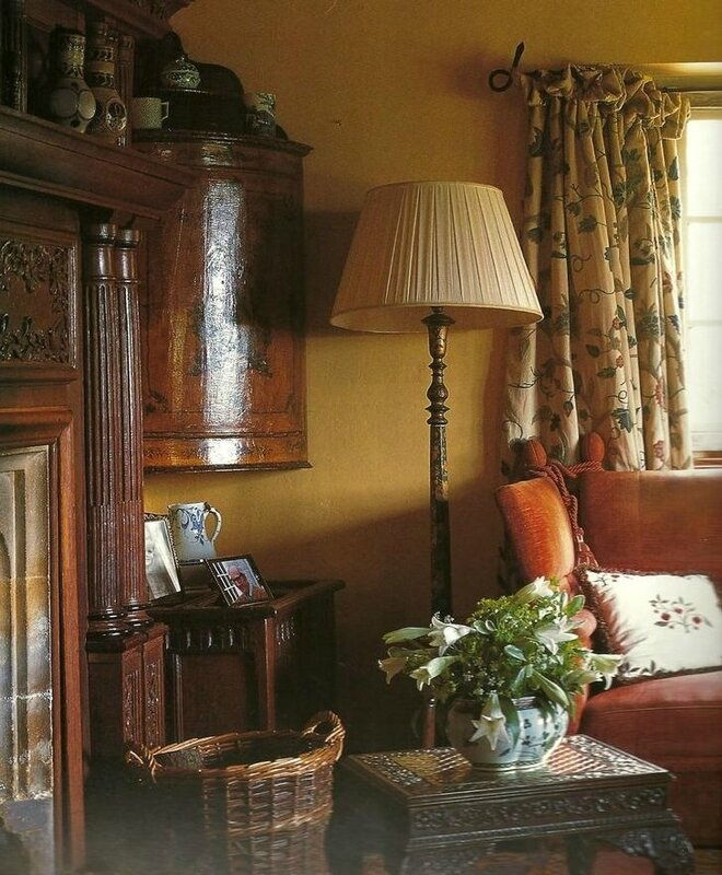 71a4e70e7374baa2cb7cdb40639b34c8--english-cottage-interiors-country-interiors