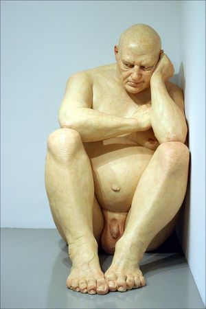 ron_mueck_big_man_2