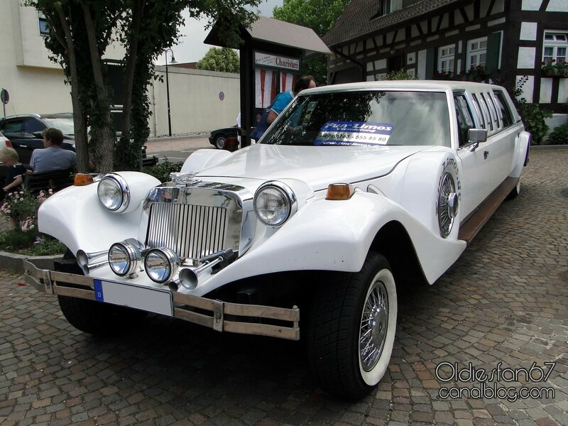 excalibur-stretch-limousine-1