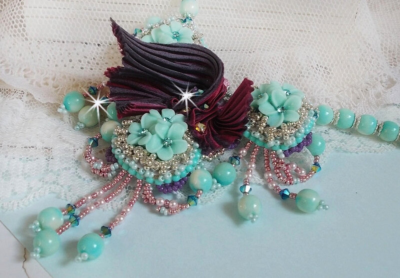 Collier Blue Flowers 1-1