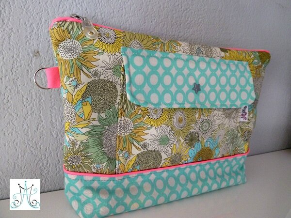 Mag Attack - maxi trousse Liberty Small Suzana (3)