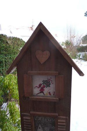 DFEA_58_La_maison_aux_cadeaux_cadre_1