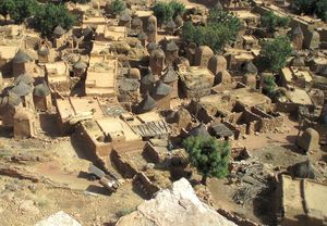 architecture Dogon, maisons-terrasses et greniers SONGHO Mali