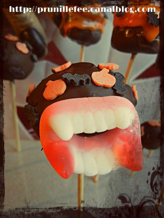 cake pop halloween dentier