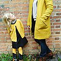 Look jaune d'or mère-fille