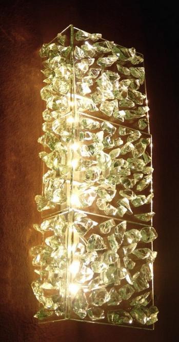 les appliques artisanales en verre recycl cr ation artisanale de luminaires de luxe. Black Bedroom Furniture Sets. Home Design Ideas
