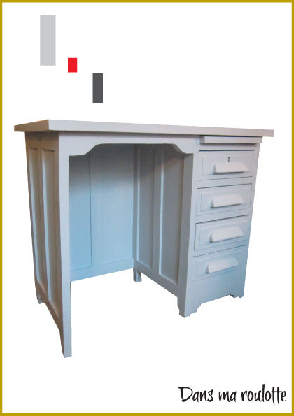 bureau ma tre d 39 cole gris bleut 90 cm de long dans ma roulotte. Black Bedroom Furniture Sets. Home Design Ideas