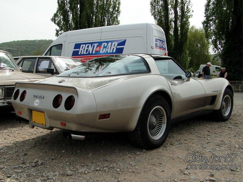 chevrolet-corvette-coupe-1980-1982-02