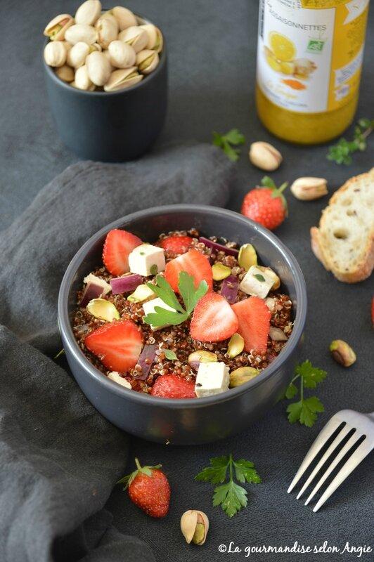 salade vegan quinoa fraise pistache