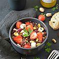 Salade de quinoa aux fraises & à la pistache #vegan