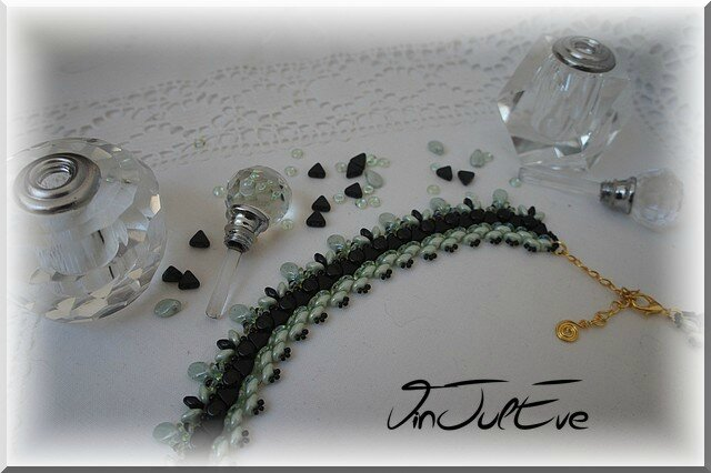 collier Uxemnoir menthe2