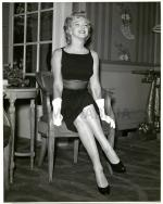 1956-07-15-MONROE__MARILYN_-_1956_JULY_15_SAVOY_HOTEL_LONDON_PRESS_CO
