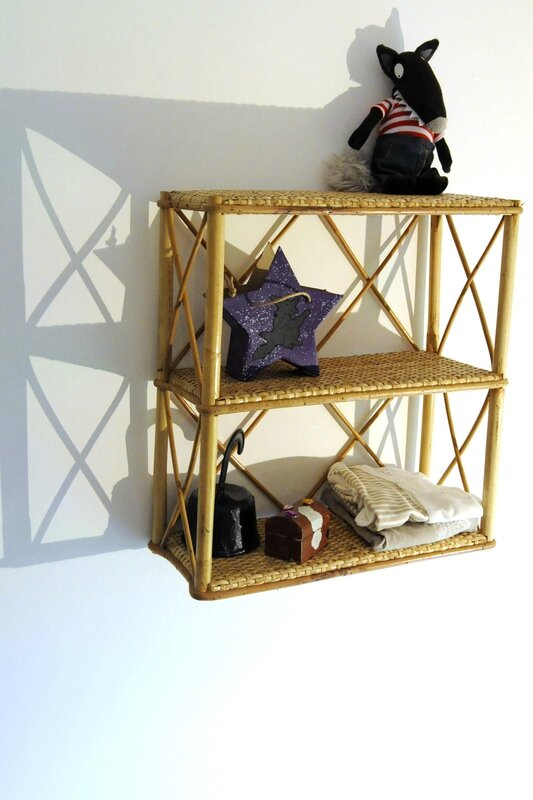 etagere murale en rotin et osier do you love vintage. Black Bedroom Furniture Sets. Home Design Ideas