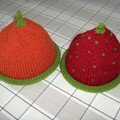 Bonnets fraise et orange