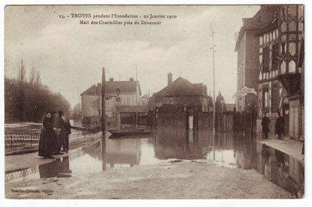 10 - TROYES - Inondations de 1910 - Mail des Charmilles