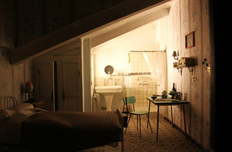 wes-anderson-follow-me-white-rabbit-alice-musee-miniature-lyon (75)