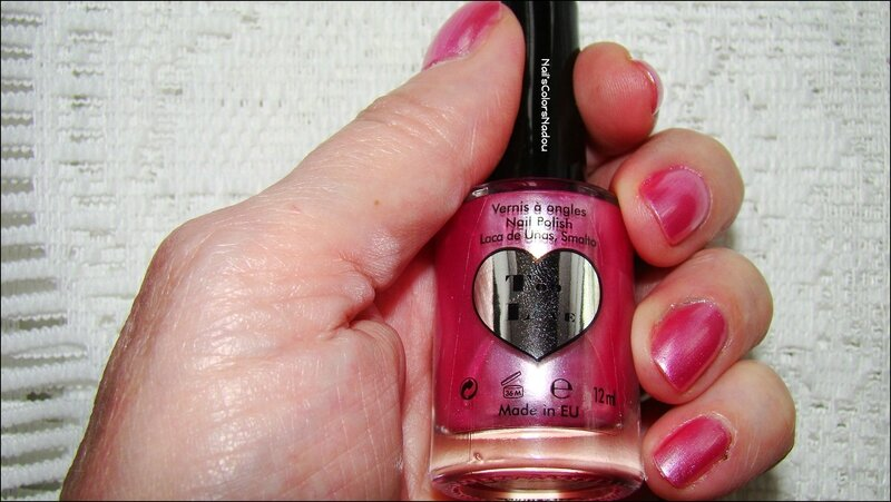 vernis Too Love 1