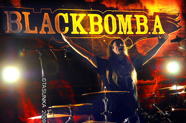 BlackBombA_Tasunkaphotos200901