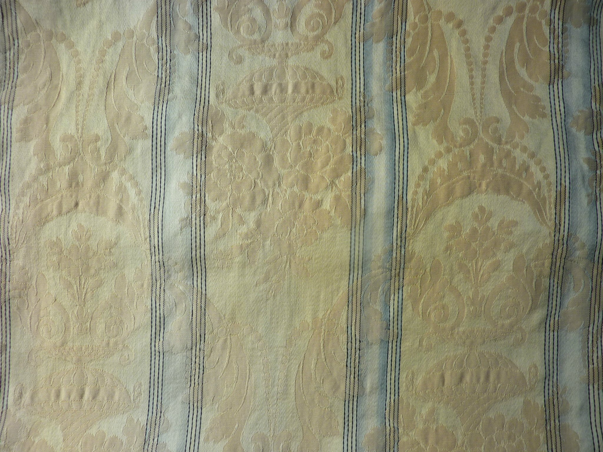 1941 tissu ancien napoleon iii ameublement damass a rayures fan l 39 univers textile des for Tissus rayures ameublement