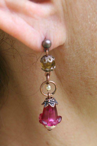 boucles d'oreilles fleur acrylique Fushia