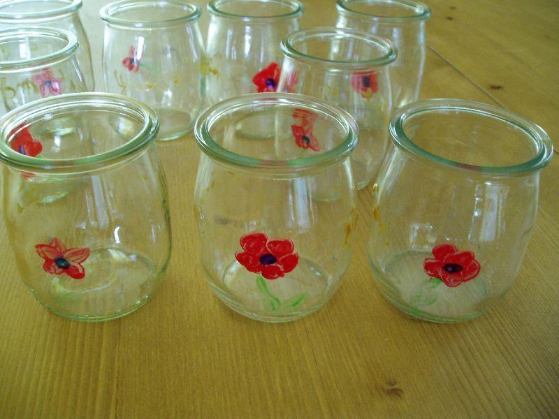Premier essais de peinture sur verre le blog de christine for Enlever peinture sur verre