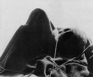 Man Ray, L'énigme d'Isidor Ducasse, 1921