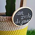 Un cache-pot jaune citron au crochet : projet diy #10
