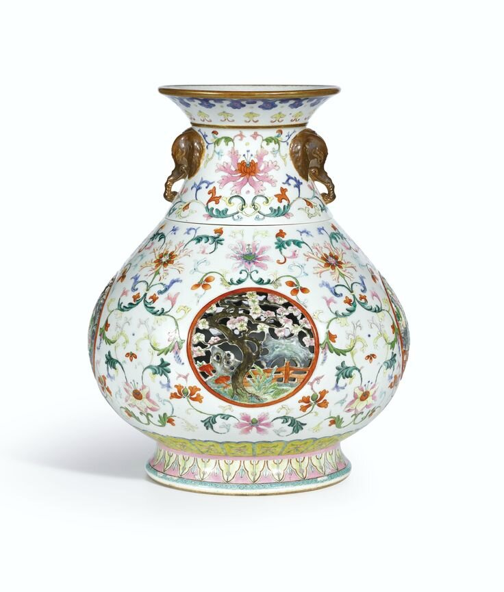 A magnificent and extremely rare famille-rose reticulated vase, seal mark and period of Qianlong