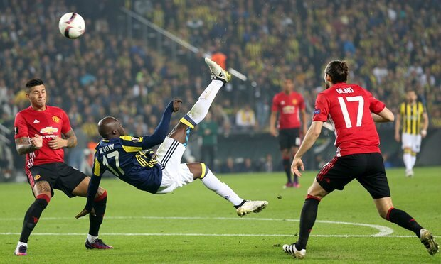 video but moussa sow Fenerbahce SK - Manchester United