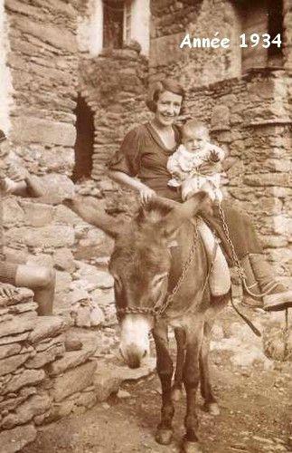 31 - Tante Marie Robert Agostini et son Neveu Camille Agostini - Année 1934