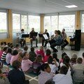 Les enfants sont très attentifs, il n'y a pas d'âge pour apprécier la belle musique!