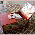 Boîte de Sandra Hosseini ouverte