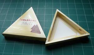 Boîte de Toblerone initiale ouverte