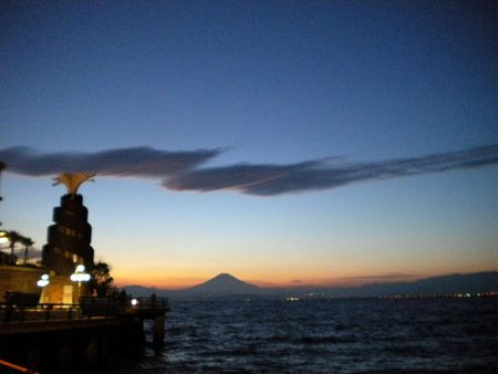 beautiful sky tokyo oct 2011 033