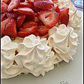 Pavlova aux fraises - pavlova a las frutillas